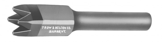 A carbide four point bushing chisel